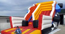 Hinchables segunda mano ocasion inflables castillos venta for Tobogan piscina segunda mano